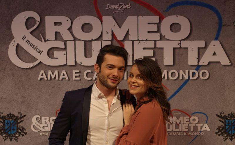 Romeo e Juliet Dating sito Web Mansfield incontri Regno Unito