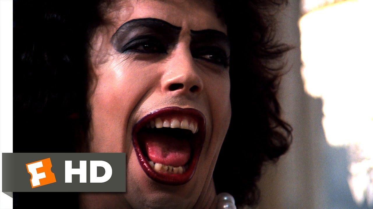 Halloween cancellato? Ecco come organizzare un Rocky Horror Show fai da te