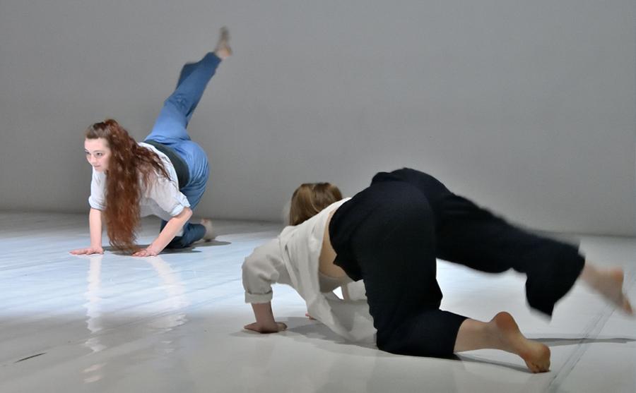 BRAND NEW- la danza contemporanea