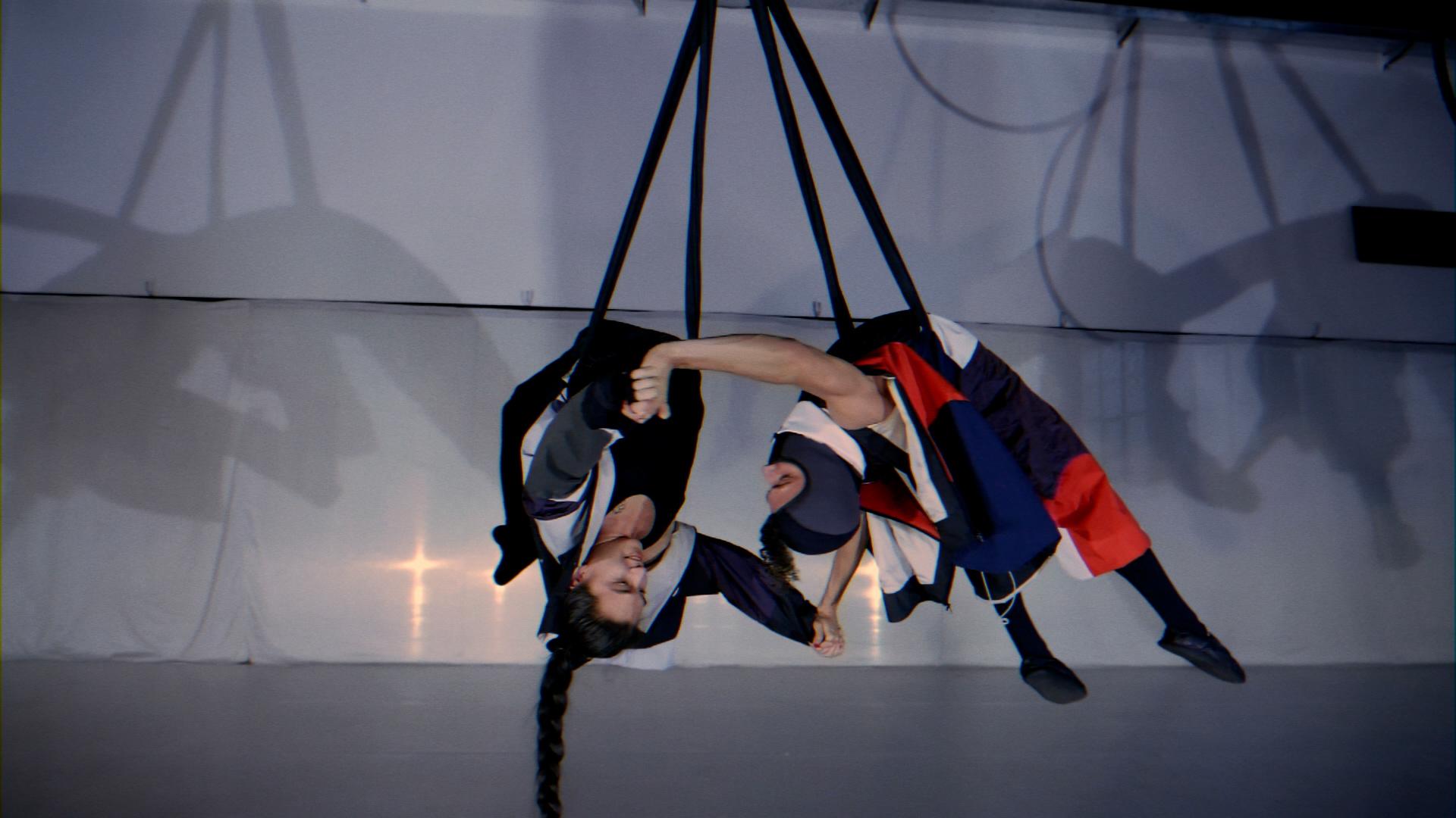 Collezione di Andrea Annarita Mazza_presso Accademia Kataklò2_Giulio Caravatti e Luis Miguel Nunez
