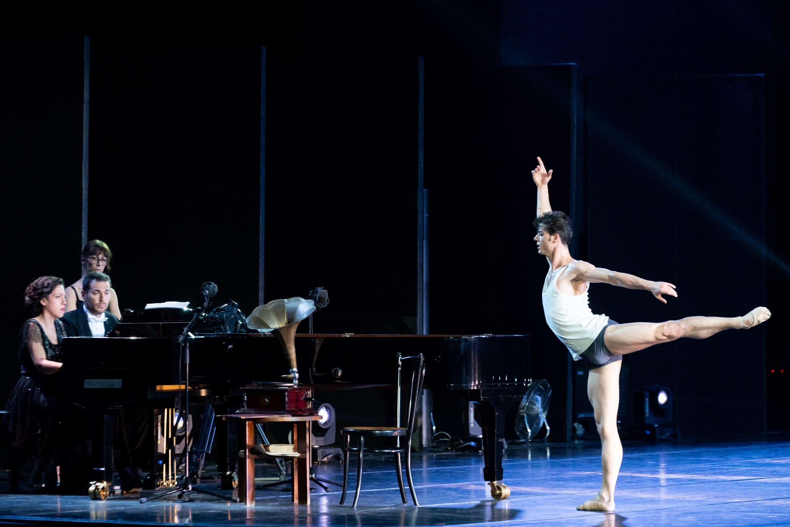 Davide Dato in The Rite of Spring, Stravinsky's Love -® Graham Spicer _DSC9198